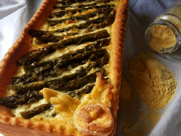 Crostata di mais agli asparagi e prosciutto tirolese